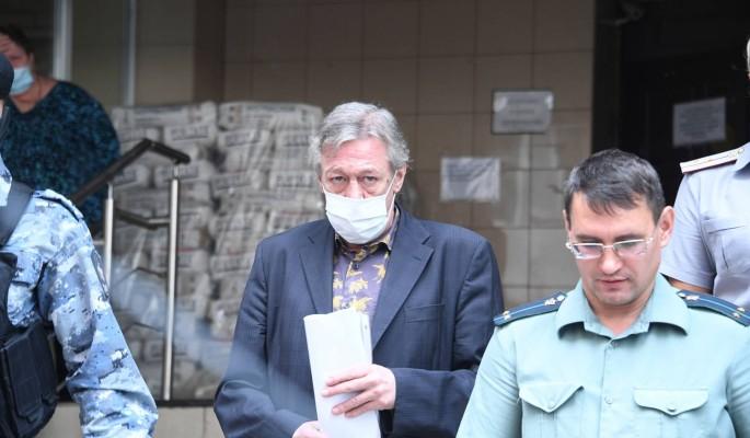 Дело о поддельной справке: полицейский лишился должности из-за Ефремова