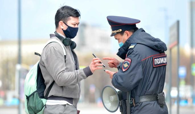 СМИ: В Москве задумались о серьезных ограничениях из-за пика заболеваемости COVID-19