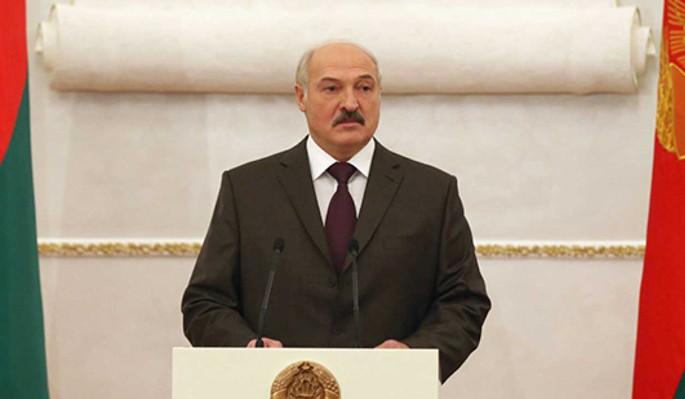 Российского кредита не хватит: Лукашенко нужно больше денег для стабилизации экономики