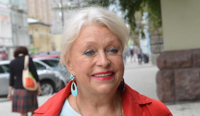 """""""Я пахала с утра до ночи!"""": вдова Караченцова требует пенсию в 150 тысяч рублей"""