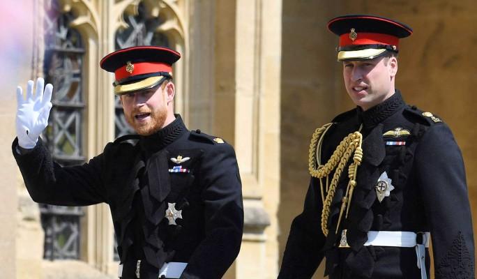 """""""Она была серьезной проблемой"""": вскрылись подробности ссоры принцев Гарри и Уильяма"""