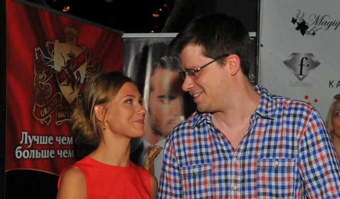 Ожидающий развода с Асмус Харламов высказался об участии в шоу