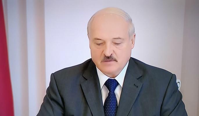 Лукашенко пообещал белорусам уйти: Клянусь своими детьми