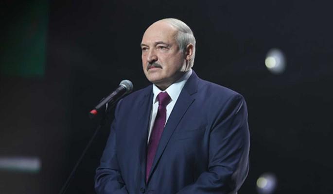 Политолог оценил вероятность гражданской войны в Белоруссии: Лукашенко рискует каждый день