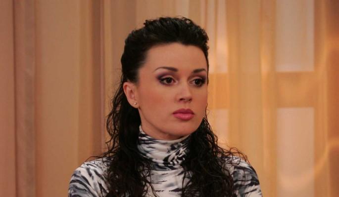 Предательница Заворотнюк довела мужа до самоубийства