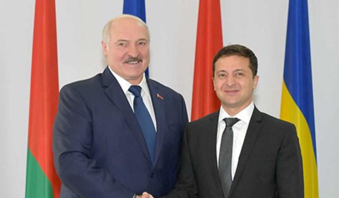 Лукашенко нашел для Зеленского дела поважнее: Не надо в наш огород лезть