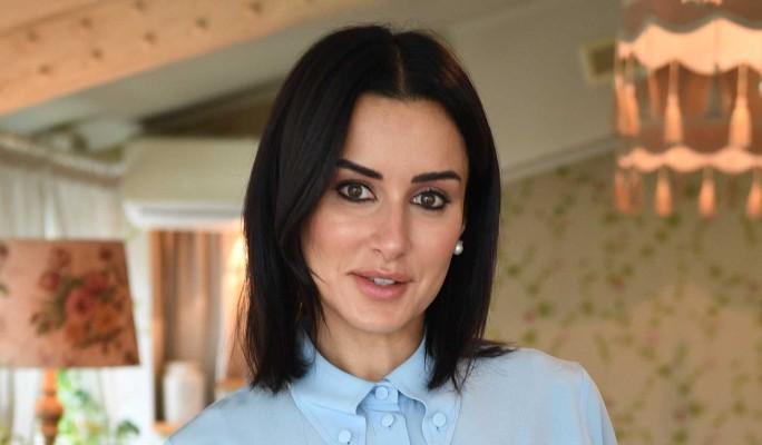 Тина Канделаки планирует обратиться к суррогатной матери