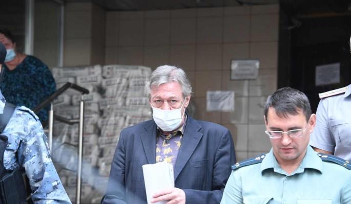 Родственники в шоке: Михаила Ефремова увезли из СИЗО в неизвестном направлении