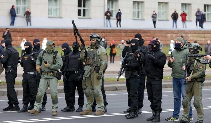 Эксперт допустил переход белорусских силовиков на сторону оппозиции