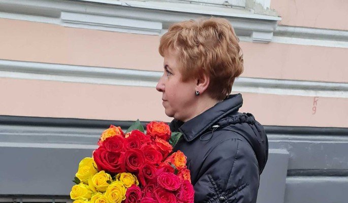 """Потемнела за две недели"": вдова Этуша не находит себе места от ужаса"