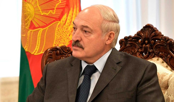Лукашенко заявил о готовности отказаться от части своих полномочий
