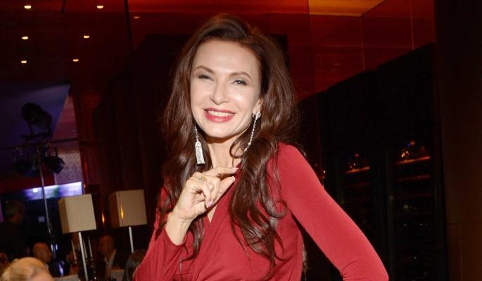 Эвелина Бледанс рассекретила личность своего мужа-бизнесмена