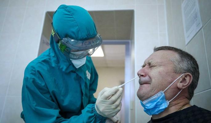 Суточный прирост зараженных COVID-19 в России составил 20,9 тысячи
