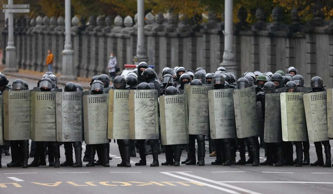 Политолог: Единственная опора России в Белоруссии – силовики