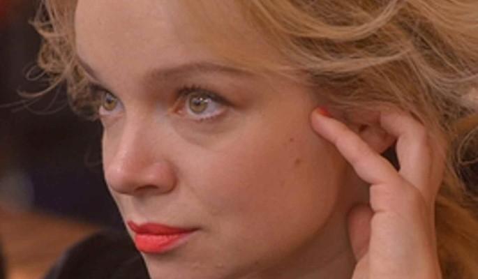 Убитая горем Цымбалюк-Романовская лишилась волос после похорон Джигарханяна