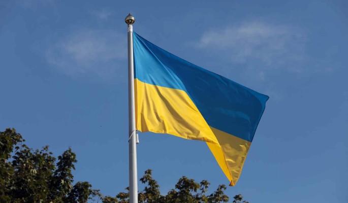 """Накануне годовщины Евромайдана на Украине украли 150 миллионов гривен на памятник """"Небесной сотни"""""""