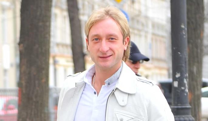 Жаль спортсменку: Ягудин распек Плющенко за провал Трусовой