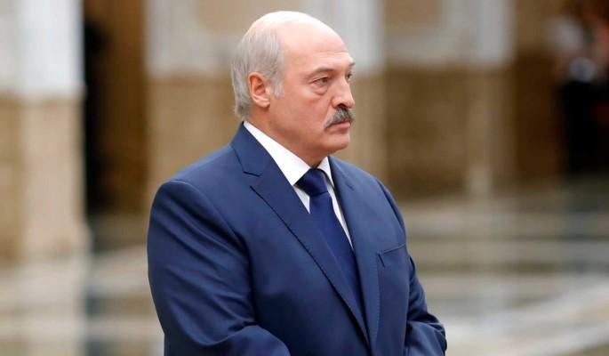 Политолог указал на психологическую неготовность Лукашенко к транзиту власти
