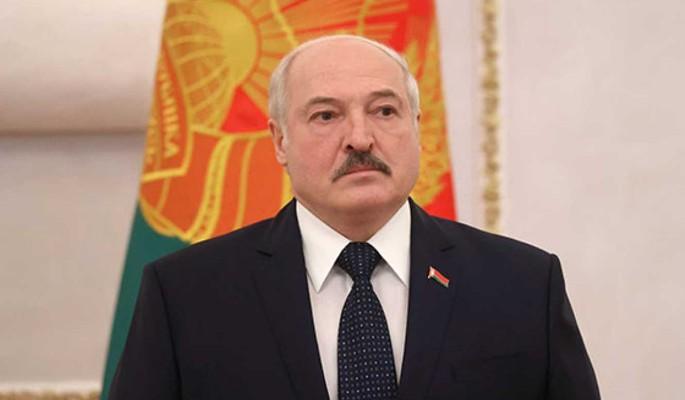 Политолог: Москва настаивает на немедленном начале смены власти в Белоруссии