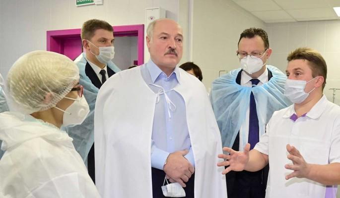 Политолог о планах Лукашенко уйти от власти при новой конституции: Попадет под суд