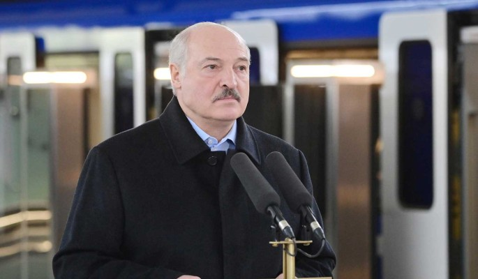 Политолог: Россия и Европа поставили Лукашенко перед выбором