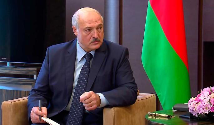 Эксперт поставил крест на Союзном государстве: Слишком долго упрашивали Лукашенко