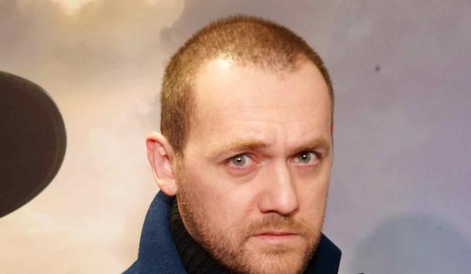 """Кровоподтеки и борода сделали звезду сериала """"Доктор Преображенский"""" неузнаваемой"""