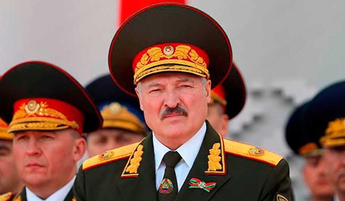 Политолог объяснил, зачем Лукашенко пугает Россию вторжением НАТО