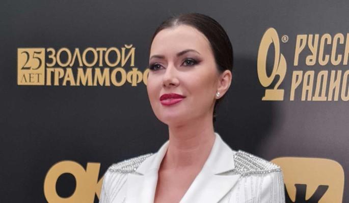 """""""Он регулярно приезжает"""": Маша Вебер откровенно об отношениях с бывшим мужем Парвизом Ясиновым"""