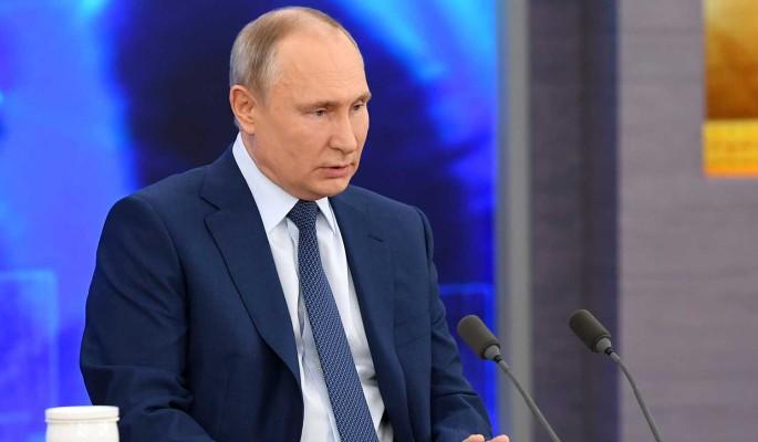 Путин отругал нерадивых чиновников: Где деньги?