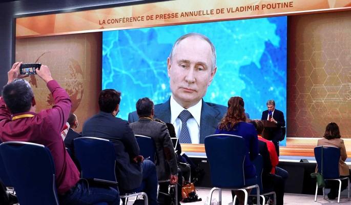 Путин назвал провокацией вопрос Шнурова о вмешательстве в американские выборы