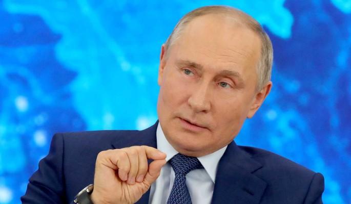 Путин о хамящих чиновниках: В семье не без урода