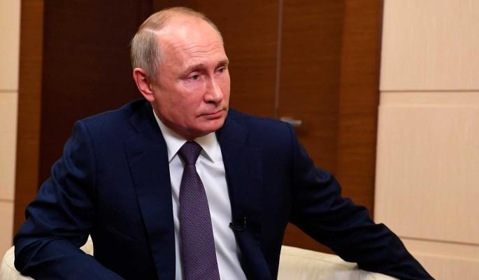 Политолог объяснил заявление Путина про Белоруссию: Настаивает на транзите власти