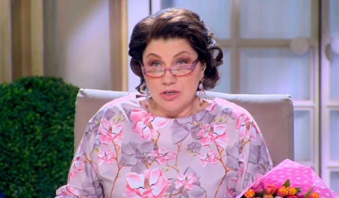 """""""Прогавкаете всю жизнь"""": Сябитова заткнула рот участнице """"Давай поженимся!"""" матерщиной"""