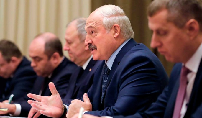Белорусский эксперт назвал четыре судьбоносные ошибки Лукашенко: Каждая расширяла пропасть