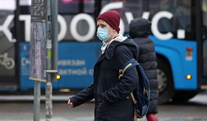 Врач назвал условие возвращения россиян к привычной жизни после пандемии