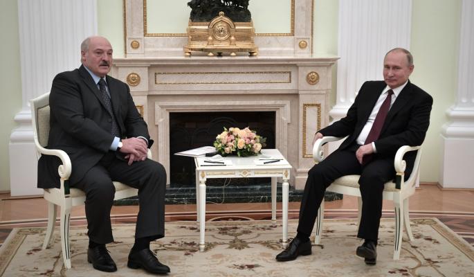 Путин поставил переговоры с Лукашенко