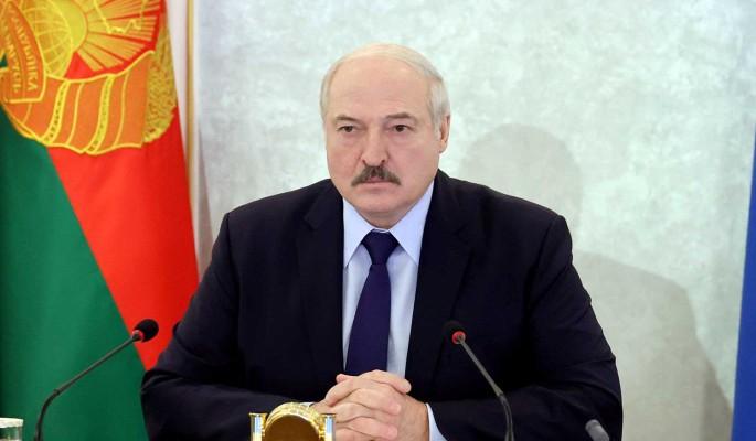 Лукашенко о Тихановской: Не способна сформулировать даже элементарную мысль