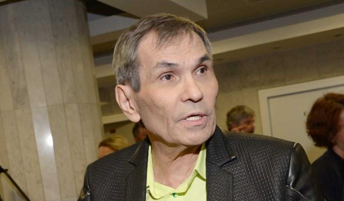 Сын Алибасова сделал заявление о насильном удержании больного отца в квартире