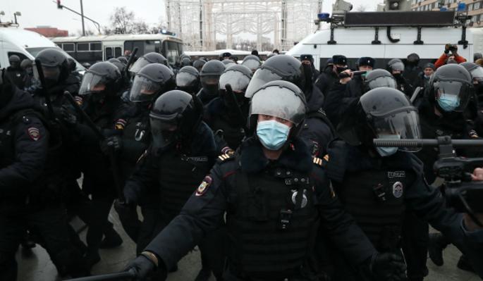 Вовлечение детей в митинги сравнили с операциями фашистских карателей
