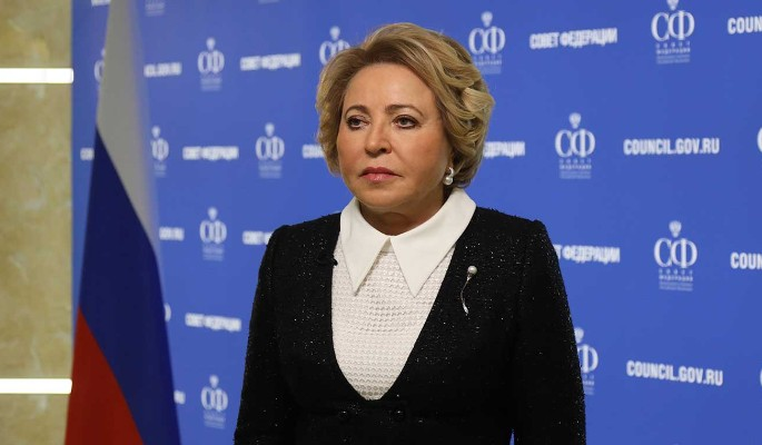 """Матвиенко встретилась с выпускниками программы """"Женщина-лидер"""""""