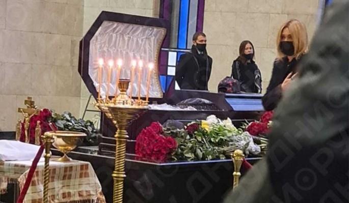 Принц из сказки: как выглядел в гробу умерший во время секс-утех Шевчук
