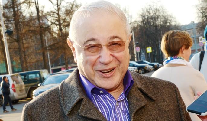 """Как под копирку"": россияне ахнули от внешности сына Петросяна"
