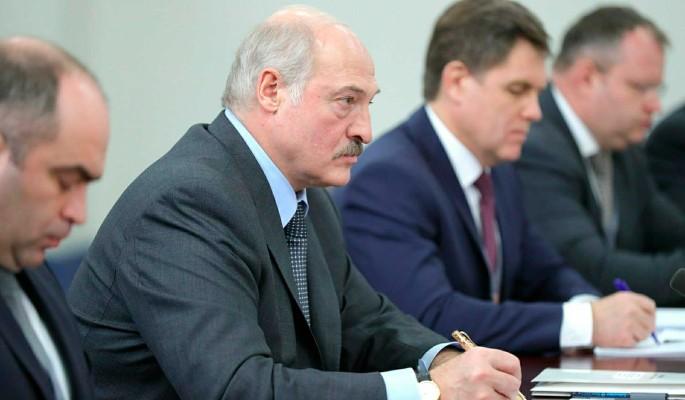 Решение Лукашенко о запрете протестной символики осудили: Разозлит народ