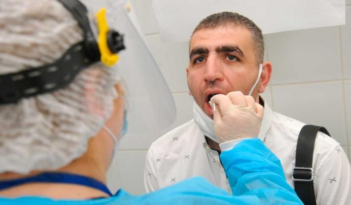 Число заразившихся COVID-19 в России выросло на 16,7 тысячи