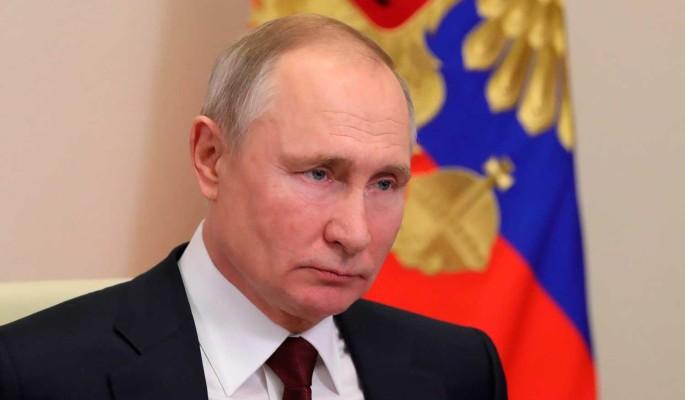 """""""Где деньги, Зин?"""": Путин удивился низким заплатам молодых ученых из Новосибирска"""