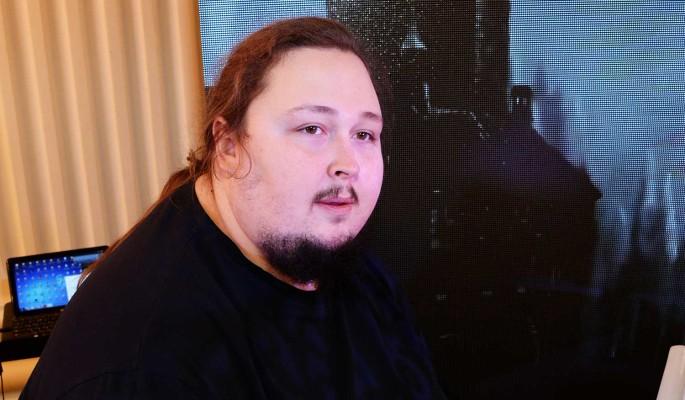 Наказал? Сафронов лишил 250-килограммового сына наследства за отказ худеть
