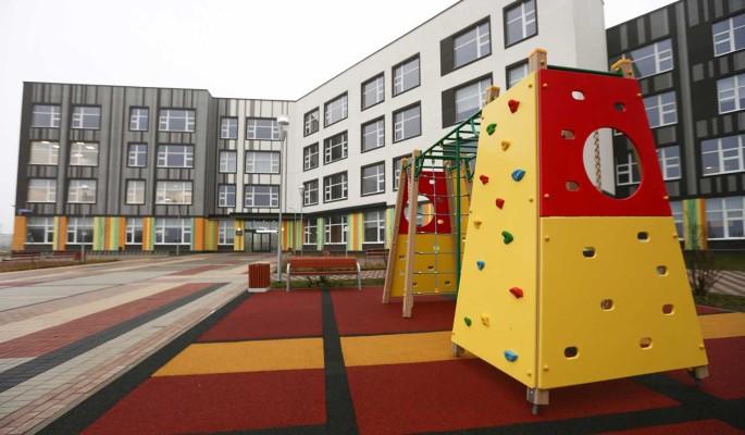 В Новой Москве за три года построят около 100 школ и детсадов