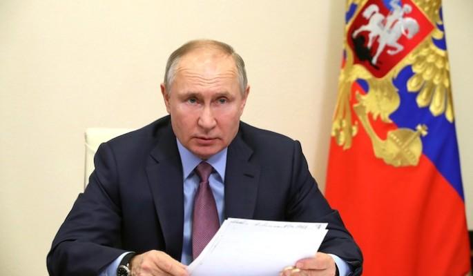 Песков рассказал о рейтинге доверия к Путину после фильма о дворце