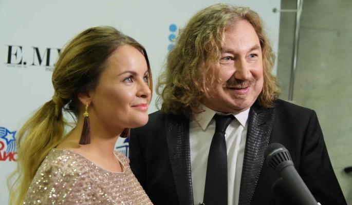 """""""Покойся с миром"""": Жена Игоря Николаева в трауре"""